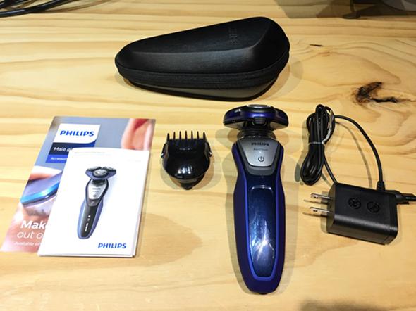 開箱:PHILIPS 三刀頭乾濕兩用電鬍刀(S5600)