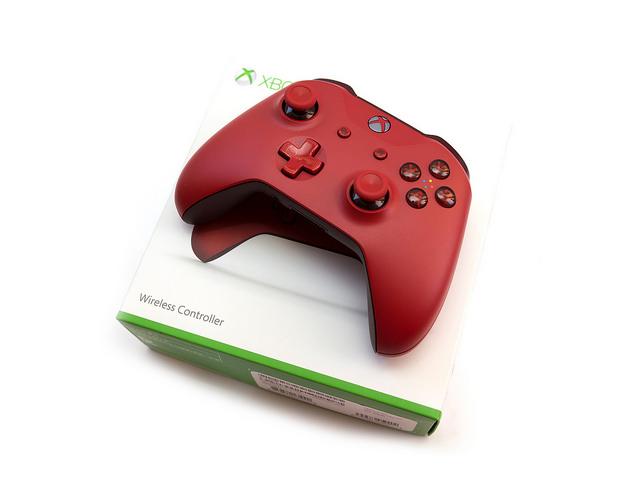 最強手把出現了嗎?!電腦手機都可以用的 Xbox One 藍牙紅色無線控制器
