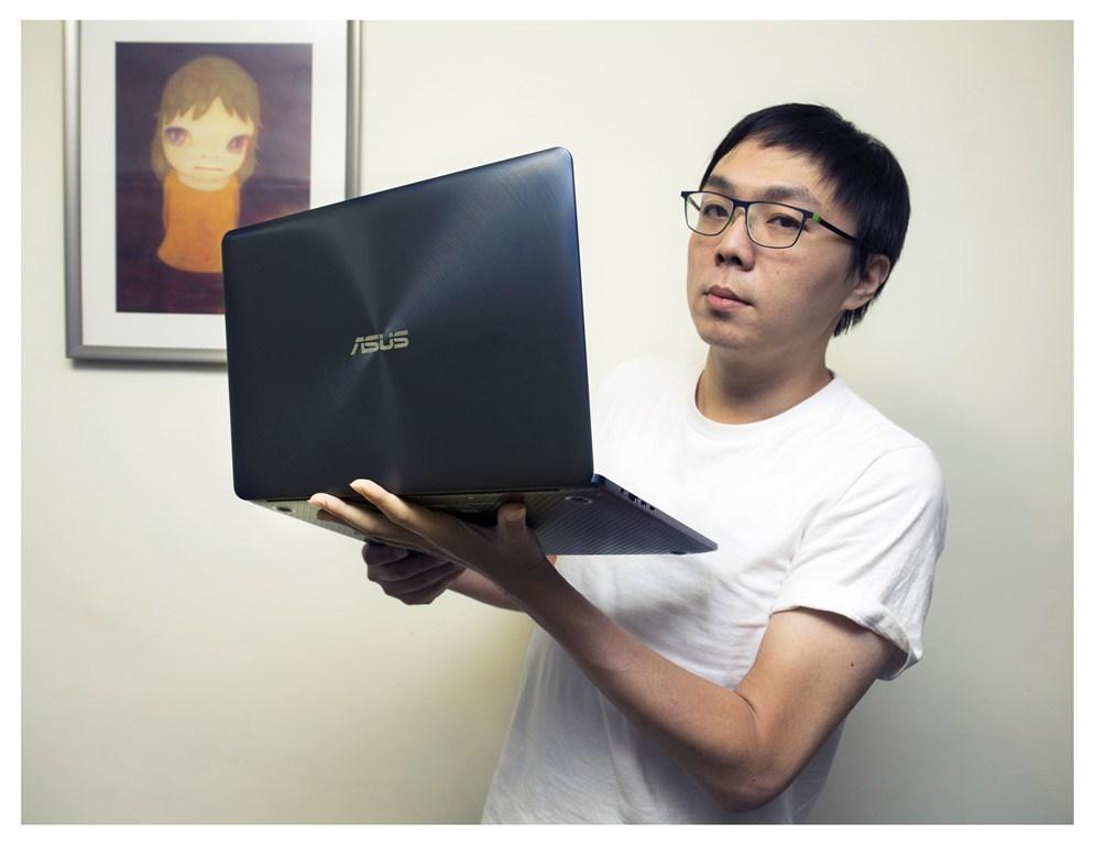 美.力 超越極限!ASUS ZenBook Pro 均衡表現筆記型電腦機皇!(UX550VE)