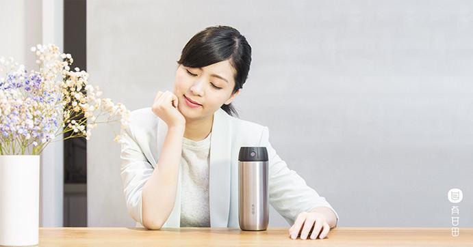 結合有機茶包以及具備計時機能的保溫瓶,讓你用最懶人最無腦的方式泡出最佳口感的好茶,「有甘田計時泡茶隨行杯」動手試玩試喝