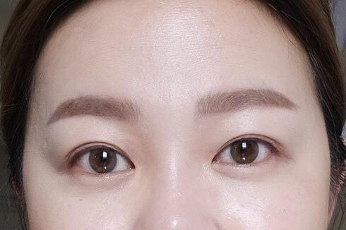 拯救泡泡眼型的小秘訣,就用KOJI雙眼皮貼把眼形放大吧!