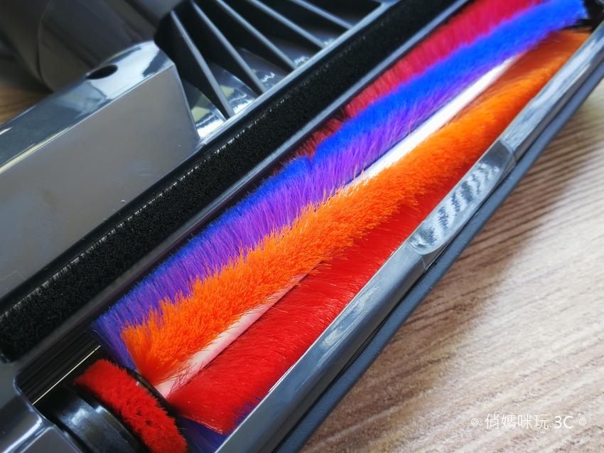 【開箱】便宜好用、居家打掃必備 TiDdi 無線兩用吸塵器 S330 !
