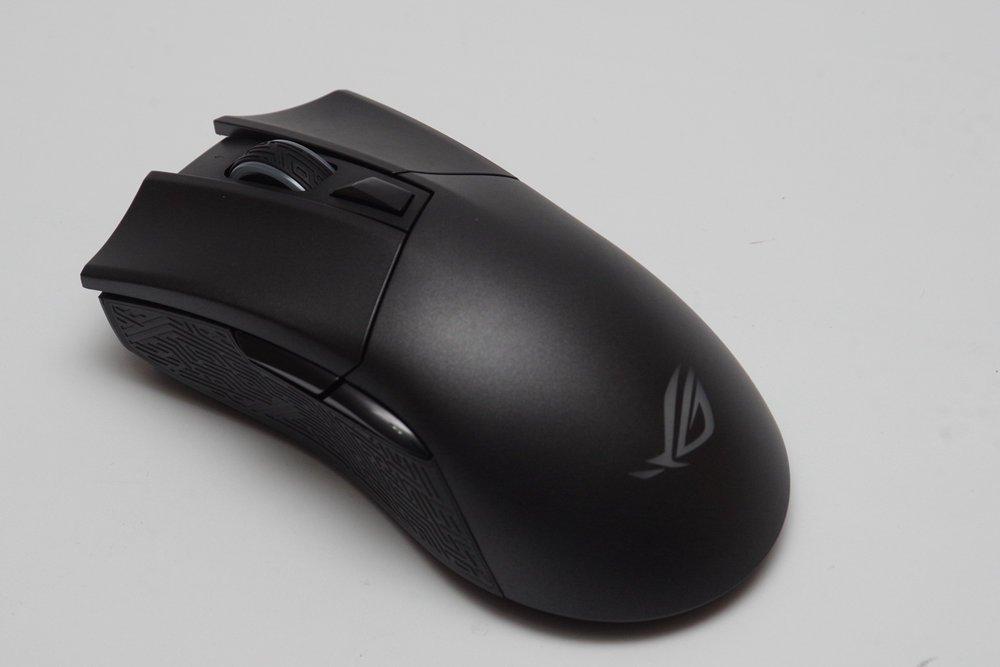 【開箱】ROG 經典滑鼠增添無線化設計,有線、藍牙與2.4GHz三種連接模式的ROG Gladius II Wireless動手玩