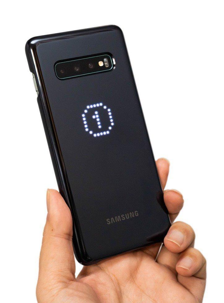 【開箱】幫Galaxy S10/S10+/S10e找保護殼?超有趣的三星原廠LED智能背蓋