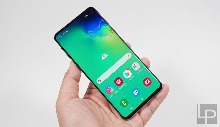 【開箱】台版三星Galaxy S10絢光綠128GB完整盒裝版,與S7 edge/S8+/S9+外型簡單比較