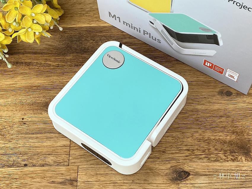 【開箱】ViewSonic M1 mini Plus無線智慧LED口袋投影機!露營追劇、出差簡報最佳助手!
