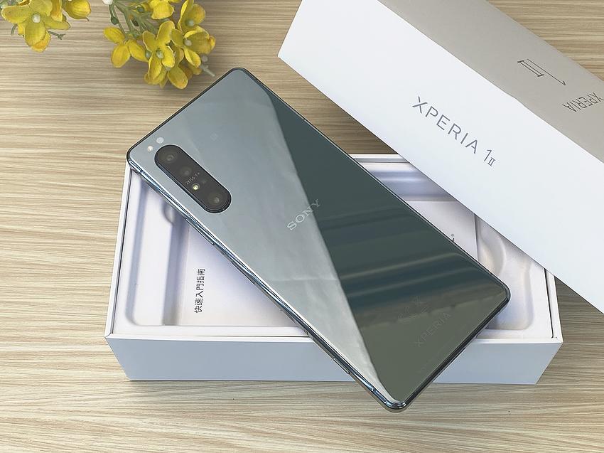 【開箱】12GB高效升級版!美美的Sony Xperia 1 II鏡湖綠智慧型手機