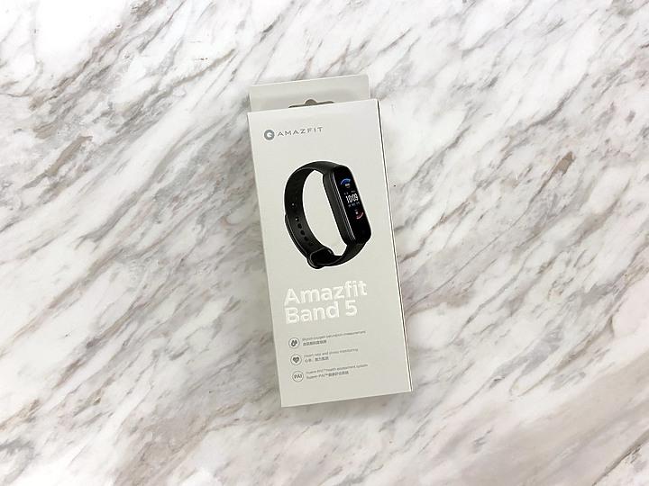 【開箱】血氧偵測功能Amazfit Band 5手環與Apple Watch 6實測PK