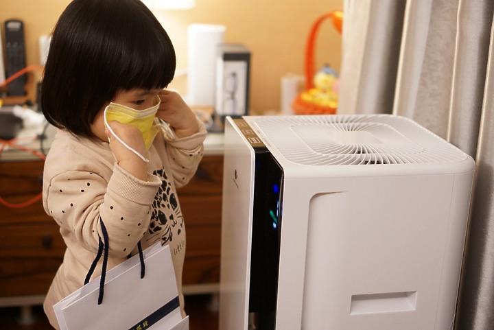 【開箱】Panasonic F-P50HH空氣清淨機,保護家人的空氣品質