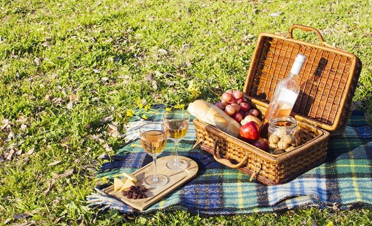 野餐帶什麼?野餐吃什麼?適合野餐現成與外帶食物清單推薦及簡單野餐食譜