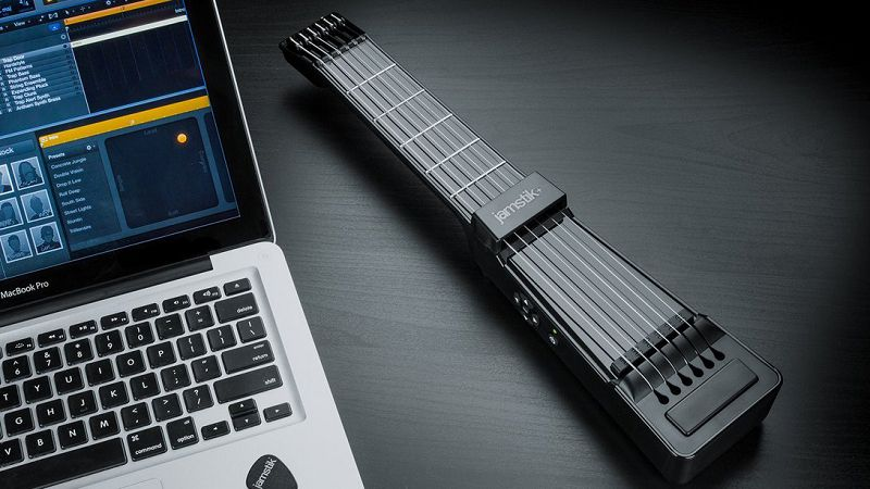 學樂器變得好容易,Jamstik+小巧便攜智能電吉他實現心中音樂夢