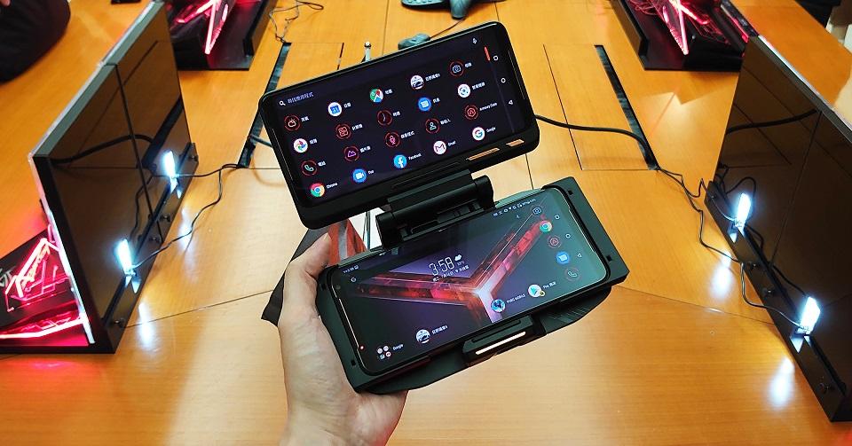 【開箱】ROG Phone II新一代電競手機與配件開箱實測!規格全面強化,效能與續航力再創顛峰
