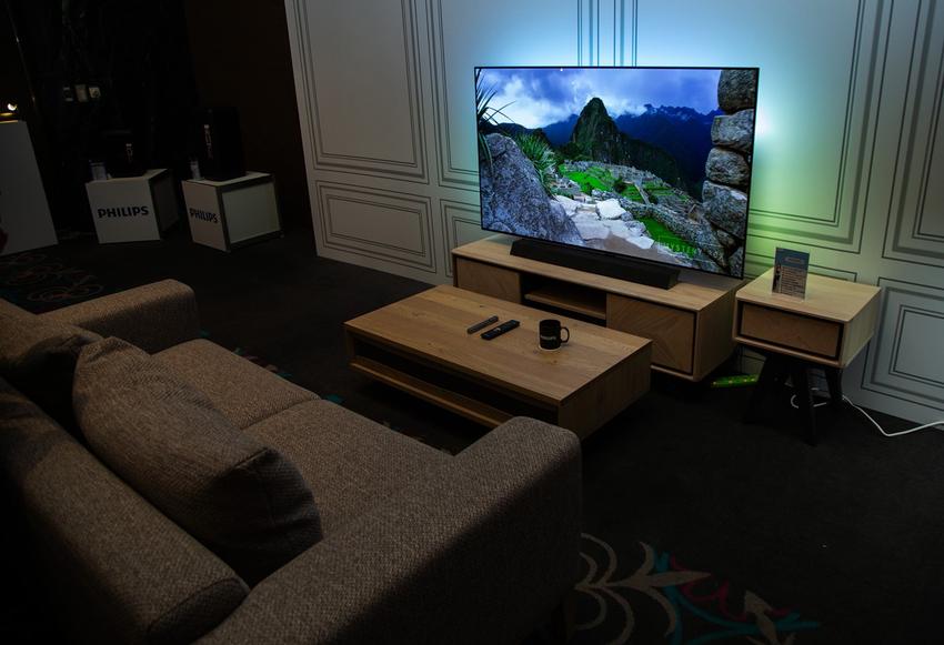英國B&W聲學技術X革命性影像聲光技術,飛利浦旗艦級OLED+大型顯示器!
