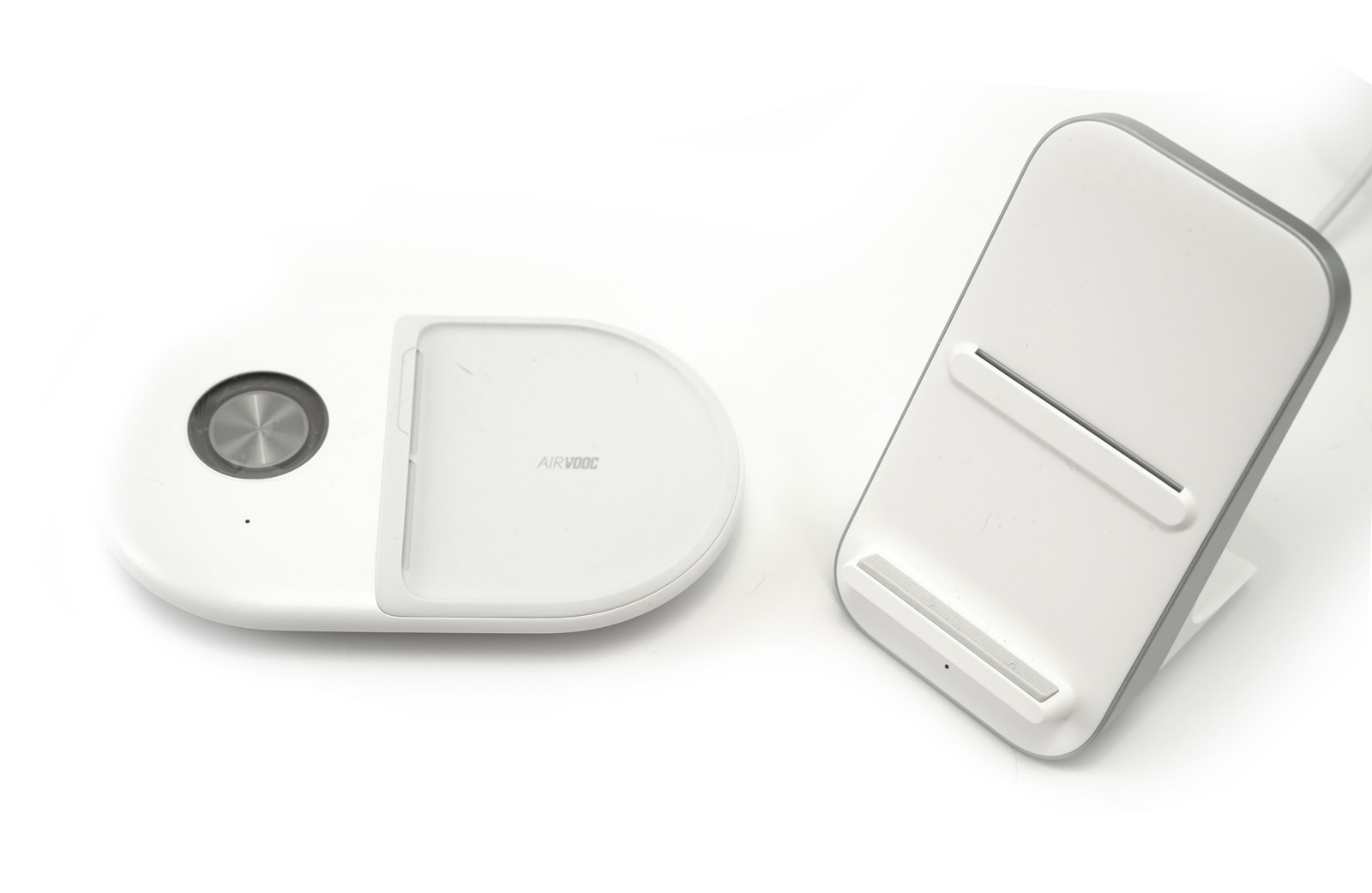 OPPO AirVOOC 40W無線充電器,實測結果比原廠Warp無線還要快?!