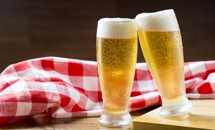 無酒精啤酒是什麼?好處有哪些?又是怎麼做的?這些超商就買得到!