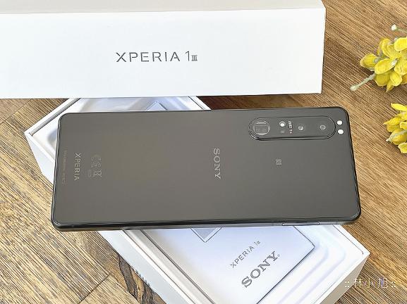 【開箱】Sony Xperia 1 III:全球首款4K HDR OLED 120Hz螢幕!