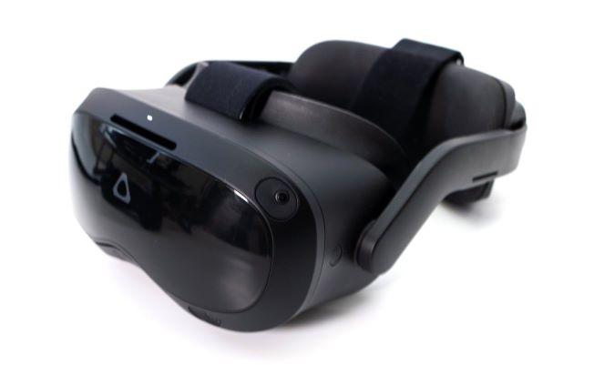【開箱】VIVE Focus 3全球首款5K旗艦級VR一體機:最強VR商務解決方案+桌面串流VR試玩!